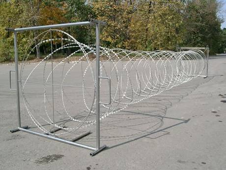 Mobile razor wire can be moved to any place
