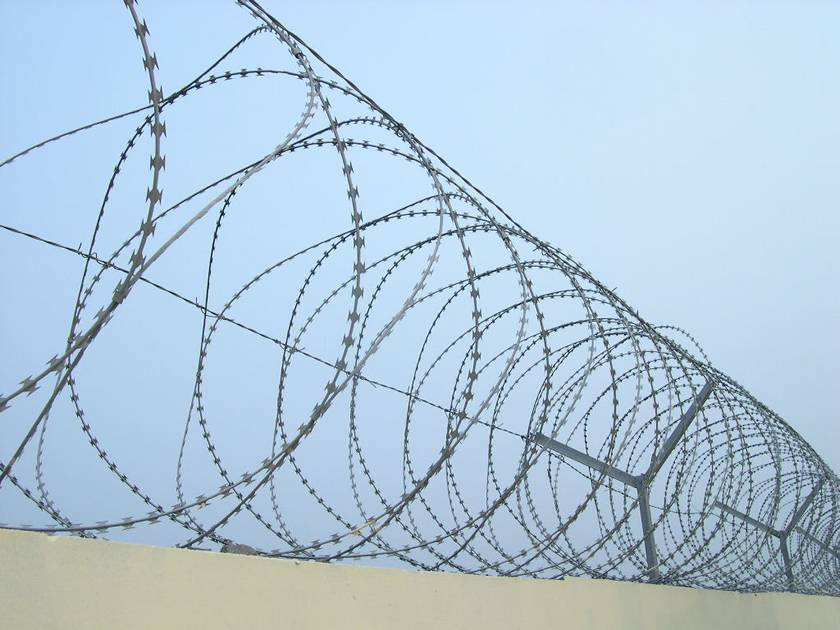 Spiral Razor Wire Adding More Security to the Environment