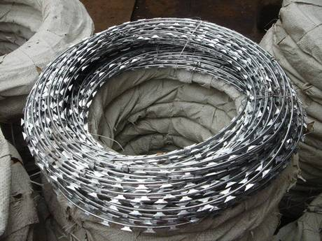 Concertina Wire Barbed Tape Fencing Double Single Coil
